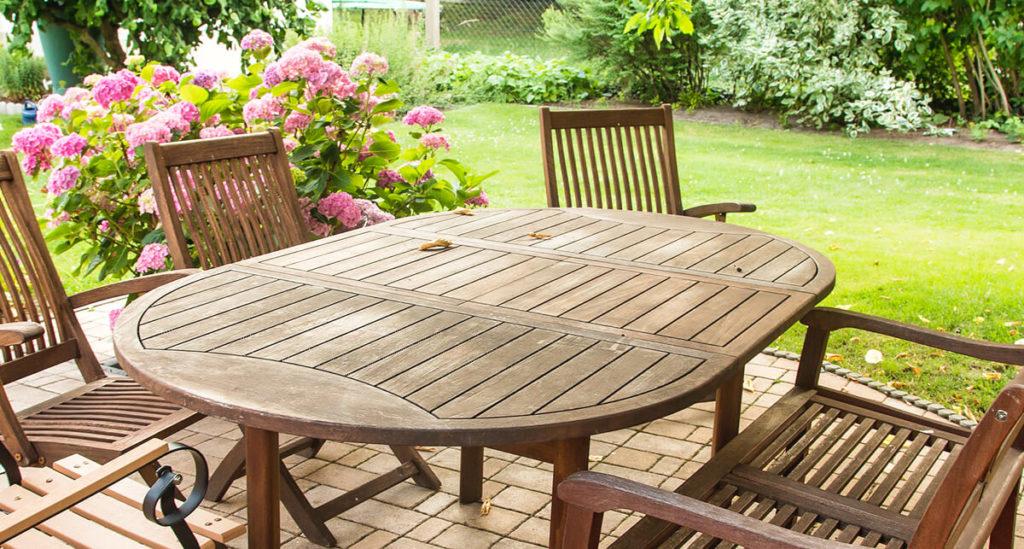 Gartenmöbel Sitzgruppe Tisch Holz Stühle